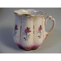 Hrnek - růžový porcelán