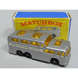 Matchbox - Greyhound Coach
