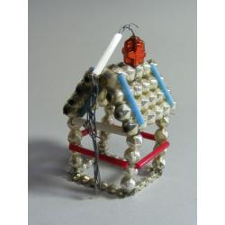 Starožitná vánoční korálková ozdoba - Domek